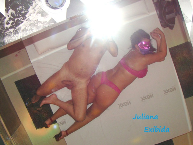 JulianaExibida – novas fotos para divulgação