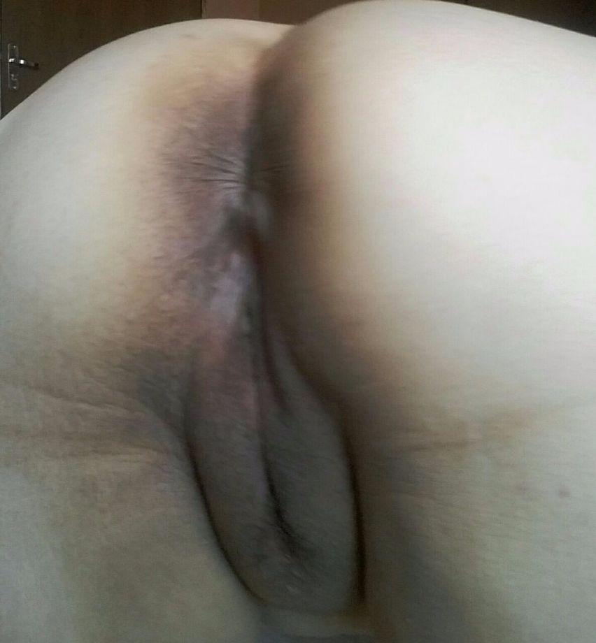 Gordinha querendo rola no cu